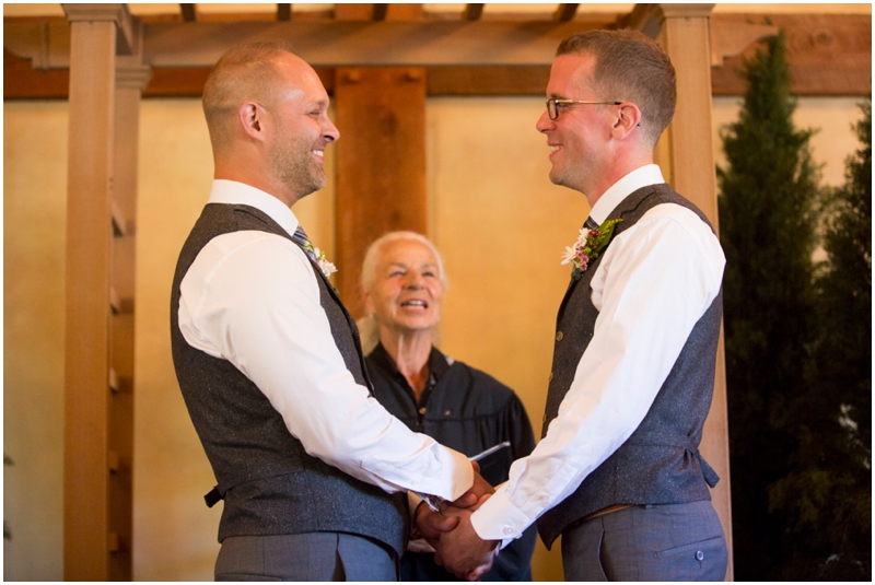 Banff_same_sex_wedding_photographer010