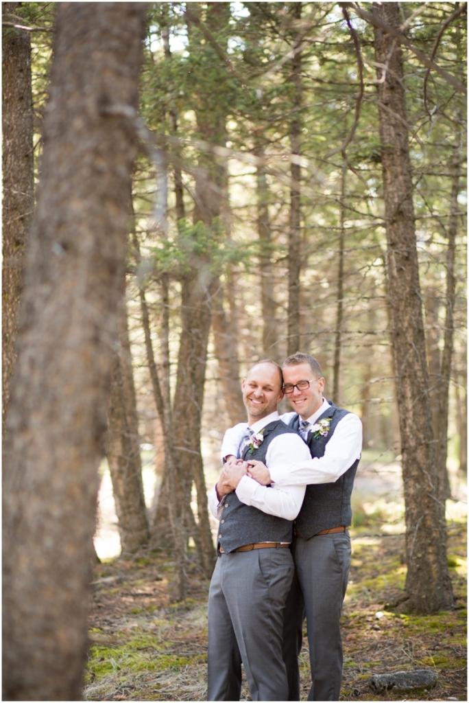 Banff_same_sex_wedding_photographer032