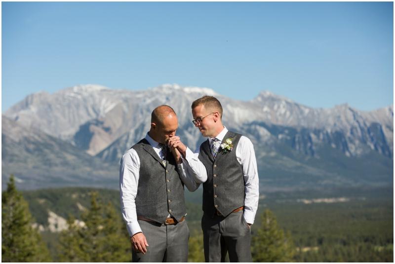 Banff_same_sex_wedding_photographer043