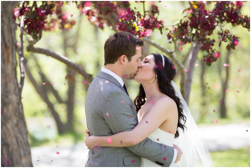 calgary_canmore_cochrane_emeraldlake_wedding_photographer010