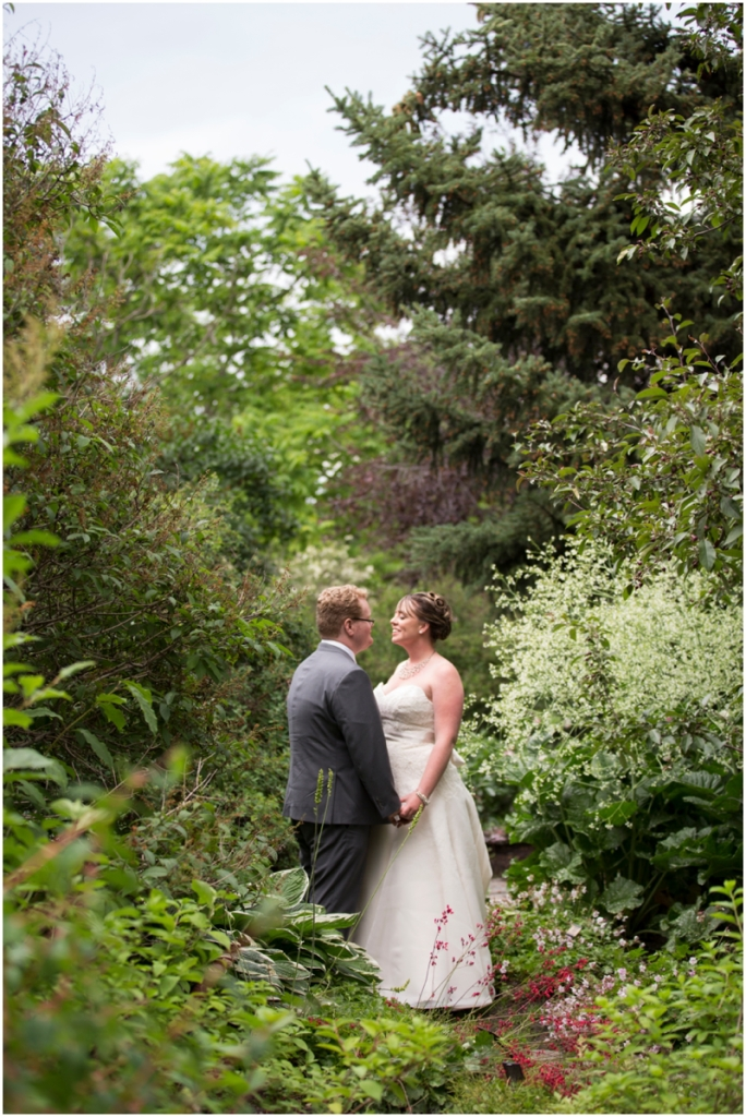 calgary_canmore_cochrane_emeraldlake_wedding_photographer017