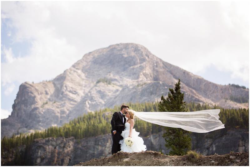 calgary_canmore_cochrane_emeraldlake_wedding_photographer021