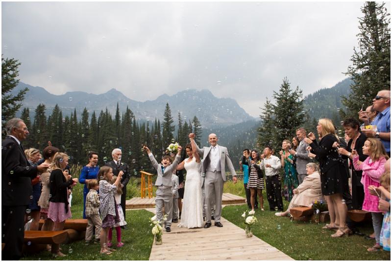 calgary_canmore_cochrane_emeraldlake_wedding_photographer027