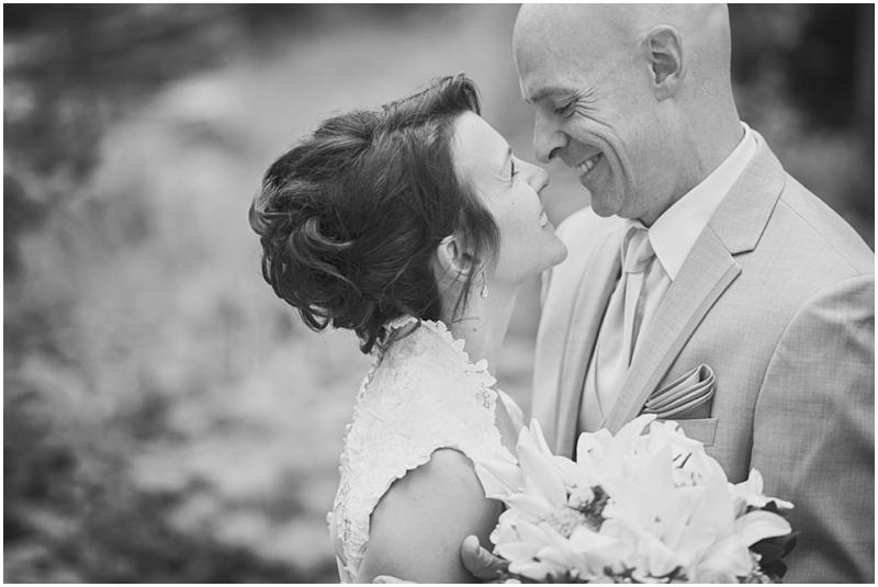 calgary_canmore_cochrane_emeraldlake_wedding_photographer028