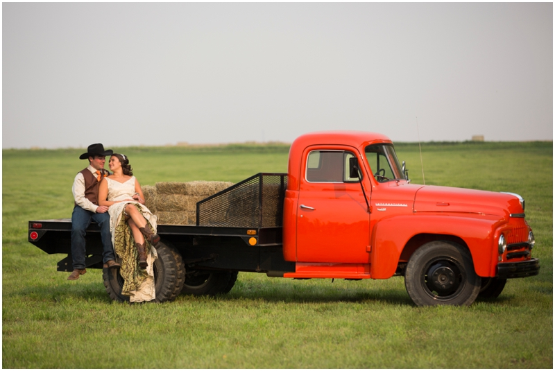 calgary_canmore_cochrane_emeraldlake_wedding_photographer033