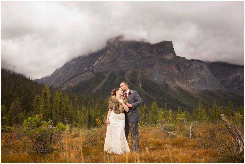 calgary_canmore_cochrane_emeraldlake_wedding_photographer036